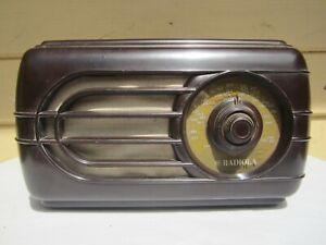 Vintage AWA Radiola Tube Radio.