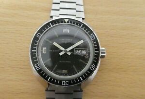 Vintage Record Longines Automatic Diver with Stainless Steel Bracelet