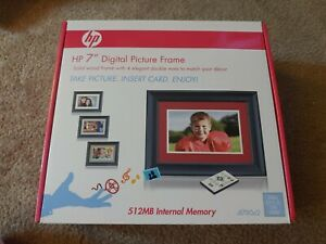 """HP DF780A2 7"""" Black Wood Digital Picture Frame with 512MB Internal Memory"""