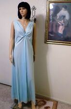 "CLAIRE SANDRA by LUCIE ANN BH Nylon VTG KEYHOLE Nightgown SKY BLUE size 36"" bust"