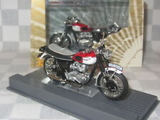 IXO MUSEUM COLLECTION 1:24 TRIUMPH T 120 BONNEVILLE