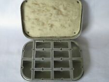 A  VINTAGE WHEATLEY 12 WINDOW TROUT DRY FLY FISHING BOX