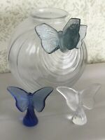 """Set Of Lalique Clear & Frosted Glass Butterflies Vase 8"""" And Figures But"""