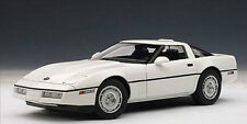 1:18 Autoart 1986 Chevrolet Corvette C4 White Limited Edition