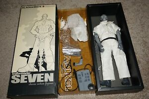 Brothersworker Black & White Series Seven Figure In Box #B6 GREAT Shape