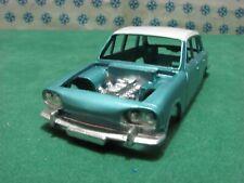 Vintage - Dinky Toys 135 - TRIUMPH  2000  Carrozzeria con motore originale