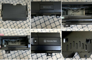 MERCEDES Trunk 6 Disc Changer w/ Mounting Bracket & Carpeted Case #MC3196NA NOS