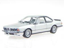 BMW e24 635 CSi 1982 silber Modellauto 940025120 Maxichamps 1:43