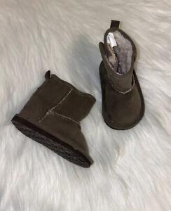 Gap Infant Toddler Boots Size 3