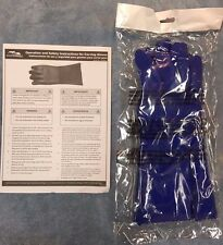 NEW IN PACKAGE Masterbuilt 20100215 Carving Gloves - One Size Fits All FREE SHIP