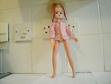 VINTAGE 1970's SINDY DOLL STUNNING BLONDE BEAUTY HAIR DOLL & NIGHTDRESS 033055X