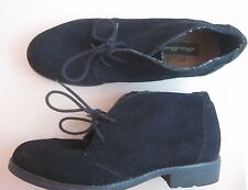 Eddie Bauer Women's Vega Black Suede Chukka Booties Ankle Boots Shoes Lace Up 8M