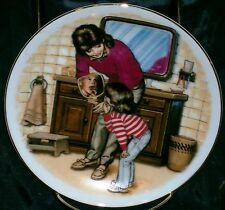 Avon Special Memories Plate A New Tooth Mother's Day 1986 22K Gold Rim W/Easel