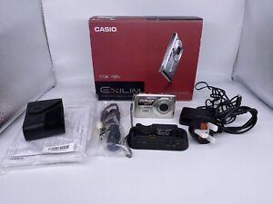 Casio Exilim EX-S600 Digital Camera Boxed Bundle - Read Description