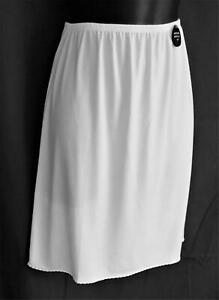 "NWT Cabernet Polyester & Spandex White Short Anti-cling Half Slip - Large 19""L"
