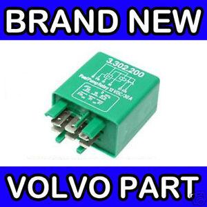 VOLVO 240 245 260 265 740 760 940 (Green) FUEL PUMP RELAY (JETRONIC)