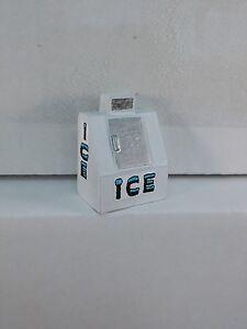 Arttista Ice Machine #1273 - O Scale On30 On3 Figures People - Artista New