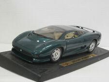 Jaguar XJ 220 Coupé (1992) in grünmetallic, Maisto, ohne OVP + Sockel, 1:18