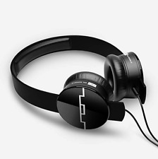 SOL REPUBLIC 1211-01 Tracks OnEar Interchangeable Headphones with 3Button Black