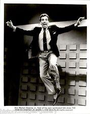 1988 VINTAGE PHOTO SMILING JUMPING JACK TRASH TV TALK SHOW HOST MORTON DOWNEY JR