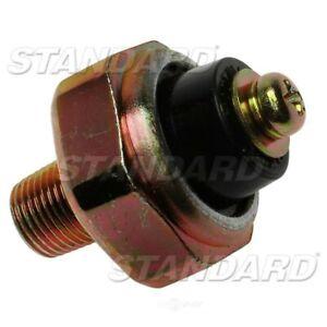 Standard Motor Products PS138 Oil Pressure Sender