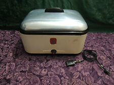 Antique Nesco Roaster With Insert  Pan Tray + Plug And Rack