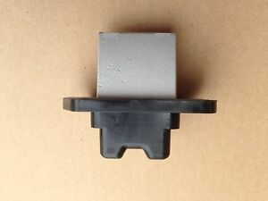 R010 New HVAC Blower Motor Resistor OEM# 20270, 79330S6M941