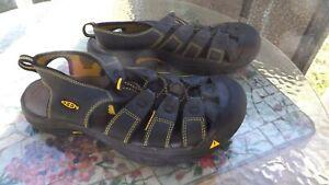 KEEN, Men's Black Waterproof Sport Sandal, size 10.5