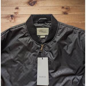 Gucci Herren schwarze Bomberjacke mit GG-Monogramm Alle Größen