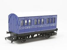 [NF3-023]  HORNBY RAILWAY 00 R. 213 GWR 4 WHEEL COACH (BLUE) MADE IN CHINA