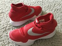 Nike Men's Hyperrev Athletic Shoes Size 7M Red #835439-603