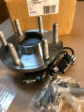 NEW Chevrolet GMC 2WD Front Wheel Hub and Bearing Assembly 15863440   FW310