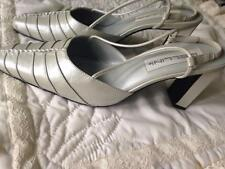 Bellini Leather Light Gray Pearlized Shoes 3 1/2 Inch Heels Size 9 Medium