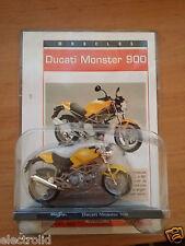 1/18 Ducati Monster 900  + Fasciculo 1:18 Maisto