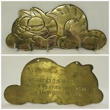 Vintage Garfield 1978 Solid Brass Keyhold Keyholder Enesco United Feature Syndic