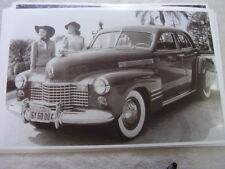 1940 CADILLAC  SEDAN 11 X 17  PHOTO  PICTURE