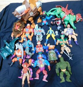 Masters of the Universe 21 Piece Lot Action Figures and Accessories Tiger