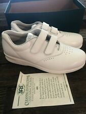 SAS Me Too White Women's Walking  Comfort Nursing Shoes Size 9 N --- NEW