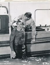 ANTHONY QUINN GREGORY PECK Original Vintage CANDID THE GUNS OF NAVARRONE Photo