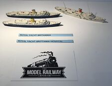 VINTAGE - TRIANG MINIC SHIPS - M721 - ROYAL YACHT BRITTANIA X 3 - DIECAST RARE