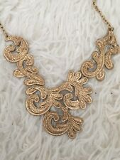 Womens Forever 21 gold coloured heavy metal patterned Necklace - good condition!