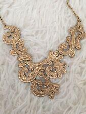 Para Mujer Color Oro Forever 21 Collar Con Estampados De Metal Pesado-En Buen Estado!