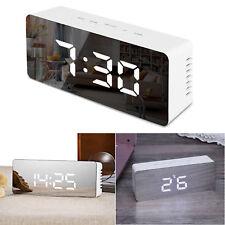 LED Wecker Digital Alarmwecker Tisch Uhr Beleuchtet Schlummerfunktion Dimmbar