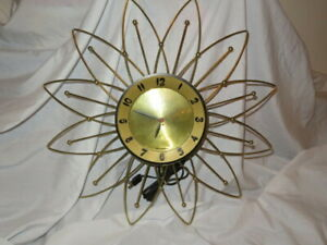 "Vtg 20"" Lux Flower Starburst Atomic Electric Wall Clock Good Working Order"