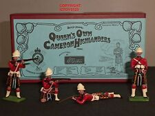BRITAINS 49000 QUEENS OWN CAMERON HIGHLANDERS METAL TOY SOLDIER FIGURE SET