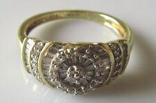 9ct di seconda mano Giallo Oro Multi-Cut Diamond sollevato Cluster Anello Taglia L.