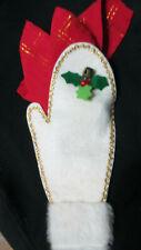 Set of 8 Vintage Christmas Tablecloth Silverware or Napkin Holders Felt Mittens