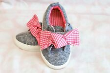 TU Baby Girl Grey Pink Bow Pumps Trainers Size UK 4 VGC