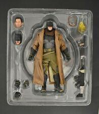 Mezco Toyz One:12 Collective Batman v Superman Knightmare Batman DC 2017