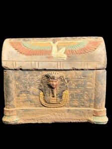 BEAUTIFUL ANCIENT EGYPTIAN JEWELLERY BOX WITH HIEROGLYPHICS 300 BC (3)